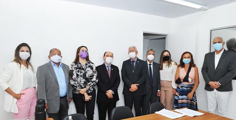 Na reunião, o presidente do TJMA, desembargador Lourival Serejo  discutiu ações que possam trazer melhorias à prestação jurisdicional no Estado