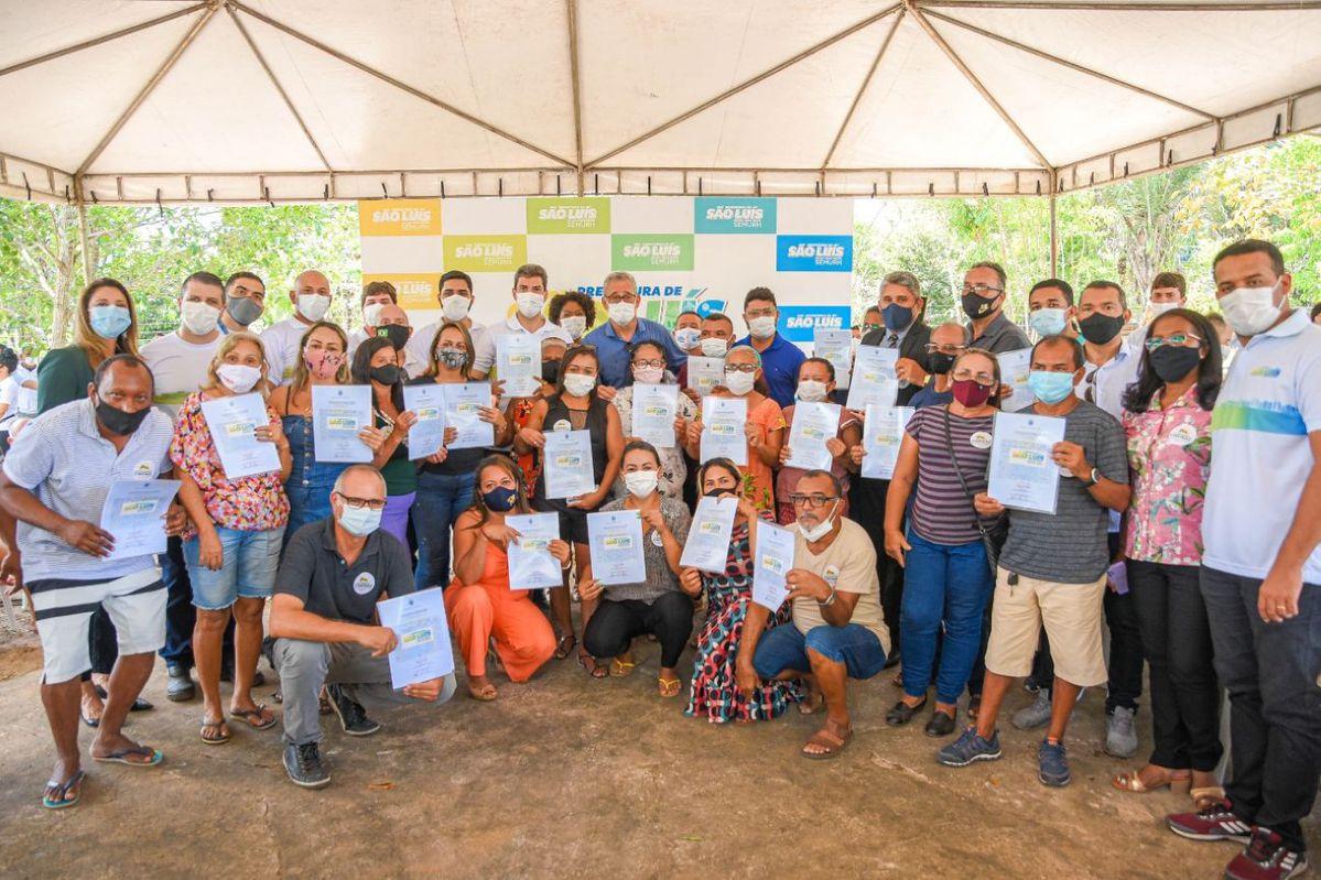 Comunidade de São Joaquim do Itapera recebe títulos de propriedade de terra