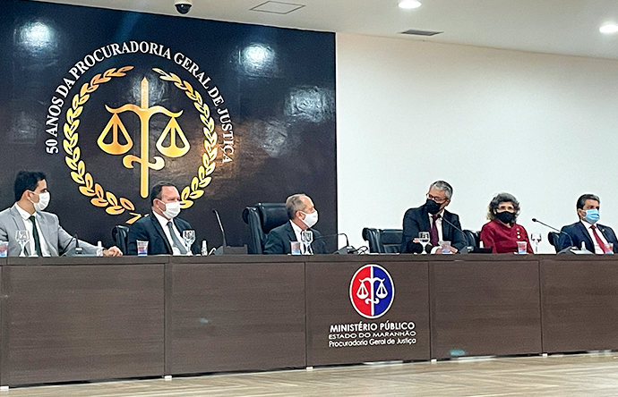 Corregedor da Justiça recomenda  regularização fundiária a gestores municipais