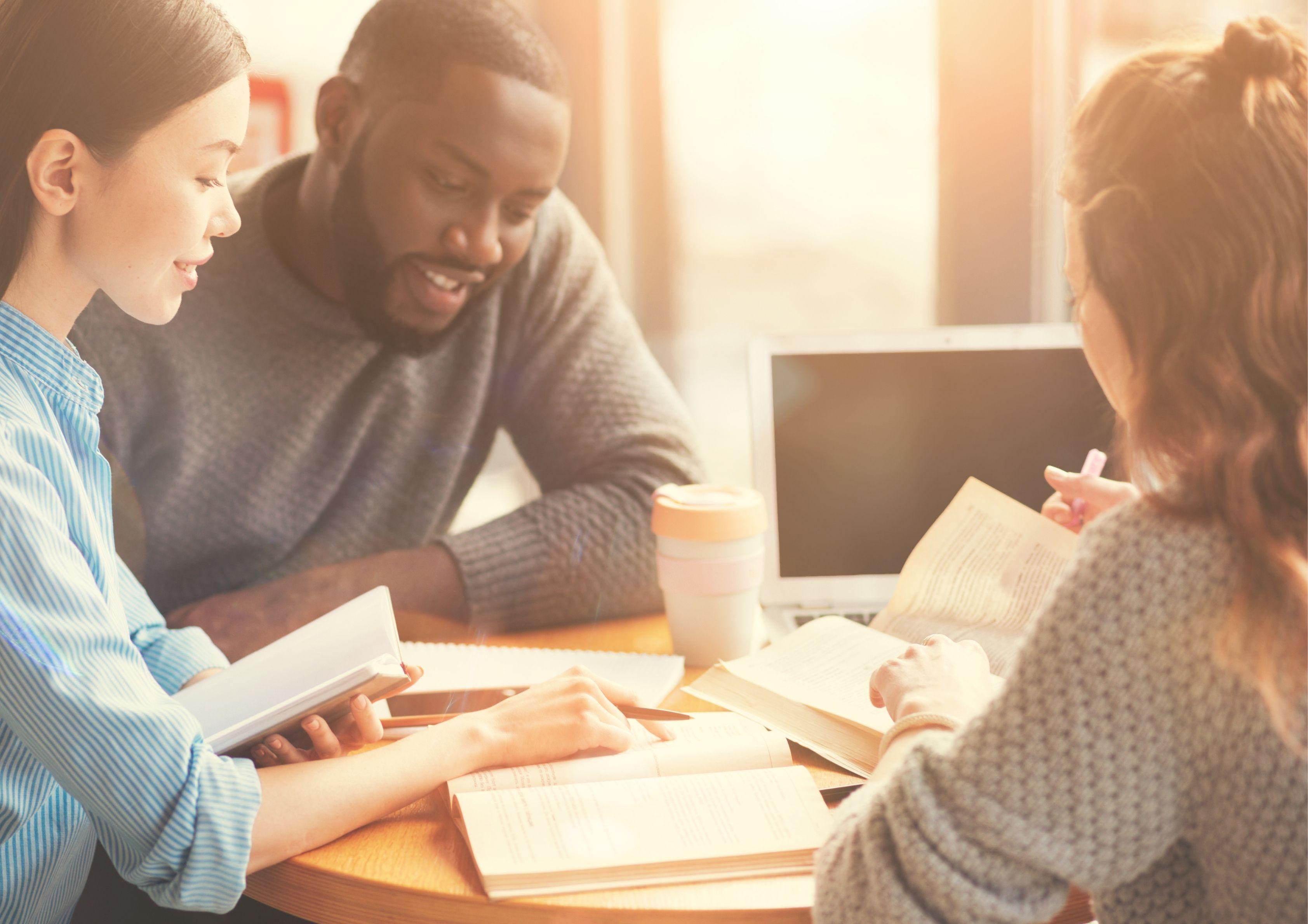 Acesse o plantão metodológico para interessados no mestrado em Ciências Sociais