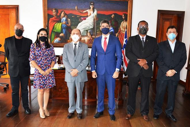 Presidente Lourival Serejo recebe juíza de Timon e juiz de Coelho Neto