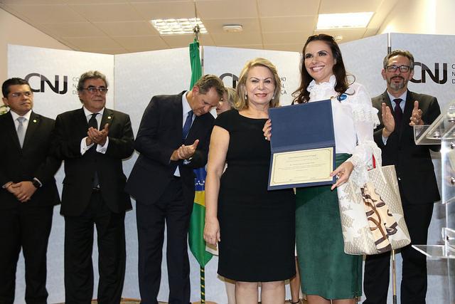CONCILIAR É LEGAL   Juíza de Imperatriz é premiada no Conselho Nacional de Justiça (CNJ)